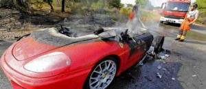 Fraude à l'assurance incendie de voiture imaginaire