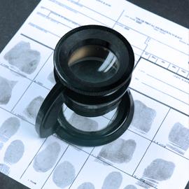 Détective-privé-Luxembourg-Investigation-Filature-empreinte-digitale(4)