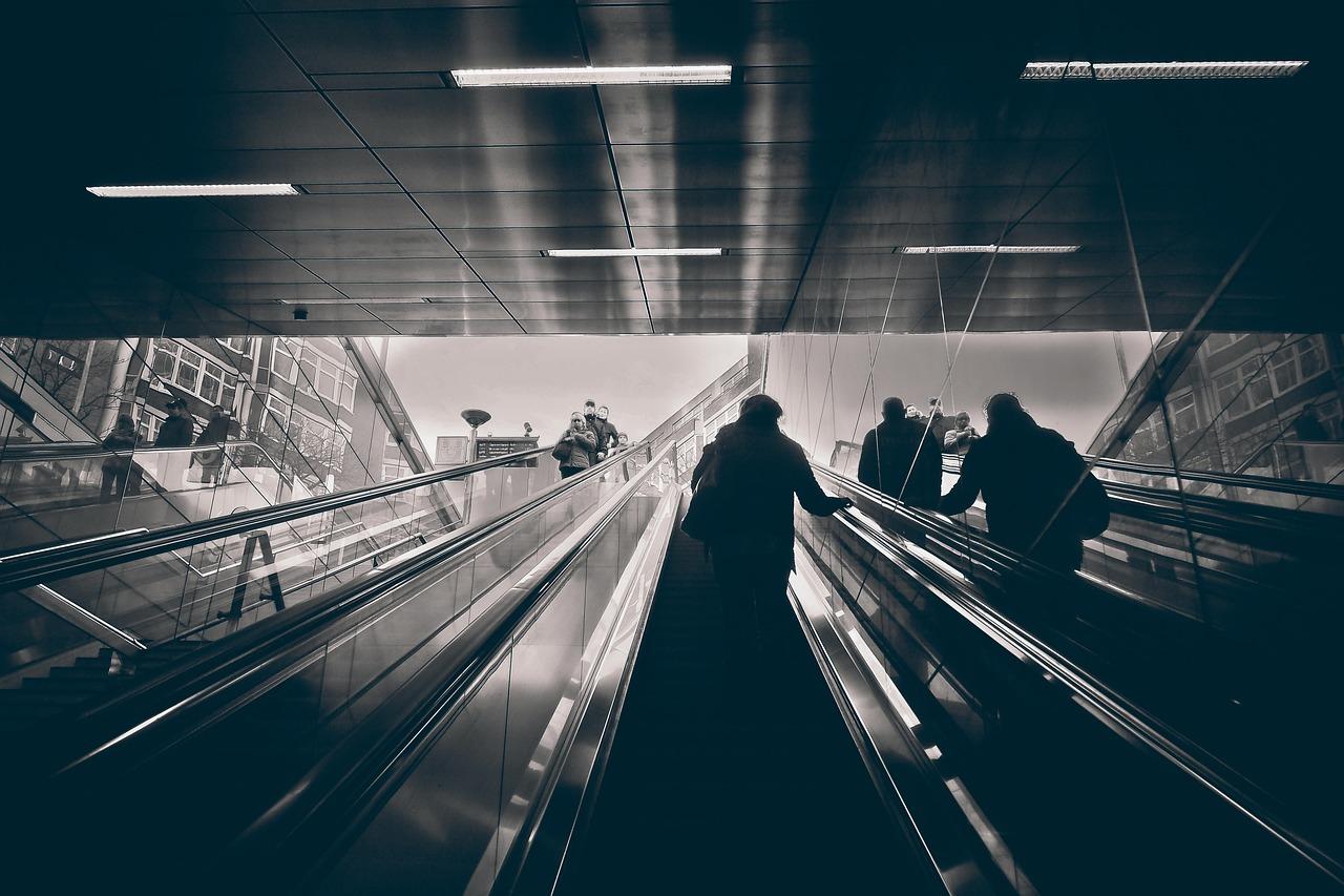 Filature dans le métro Détective Luxembourg